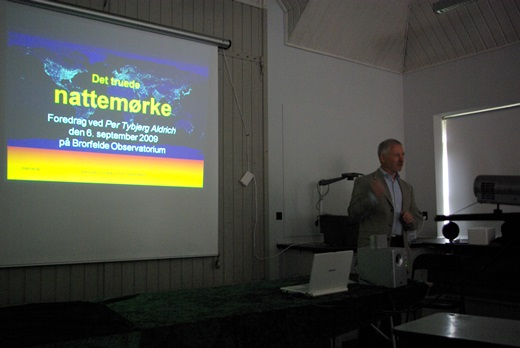 Per Tybjerg Aldrich holder foredrag på Brorfelde Observatorium