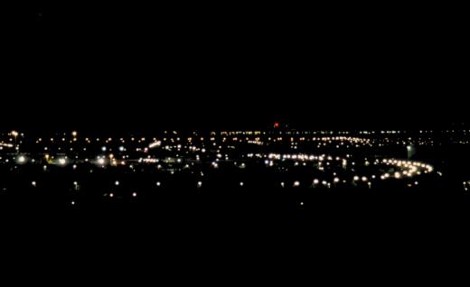 Natudsigten over Albertslund fra Herstedhøje (67 m.o.h.), dvs. 30-35 m over gadelamperne. Fot.: P.T.Aldrich.