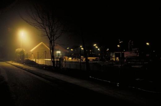 Vinterbyggepladsbelysning, som blænder cyklister og bilister. Fot.: P.T.Aldrich.